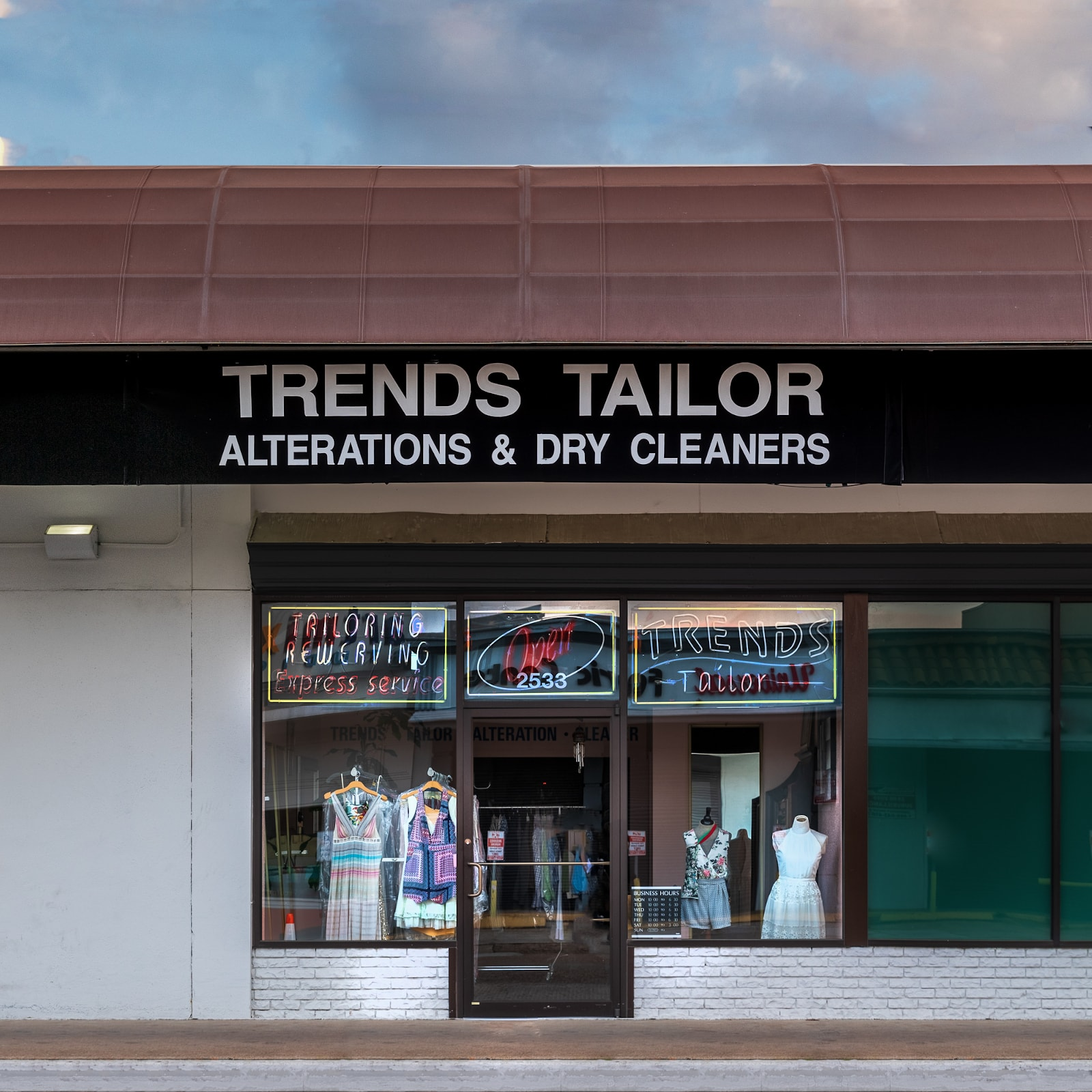 trends tailor houston